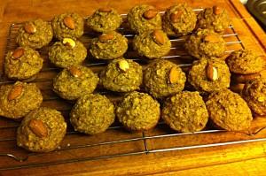 Karl's Almond Banana Oat Mini-muffins