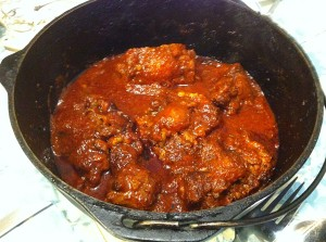 Karl's Cola de Buey en Chile Rojo (Oxtails in Red Chile Sauce)