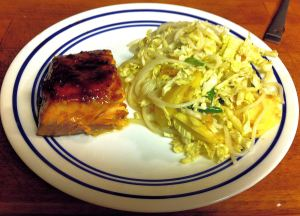 Karl's Asian Apple Cabbage Salad