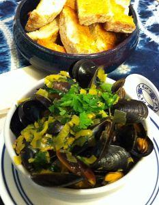 Karl's Saffron Steamed Mussels