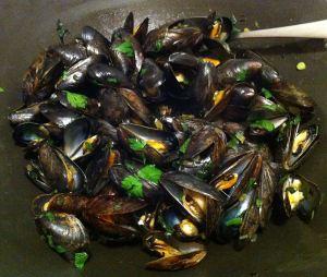 Karl's Marsala Steamed Mussels
