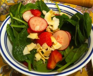 Individual Spinach Salad with Strawberry Vinaigrette